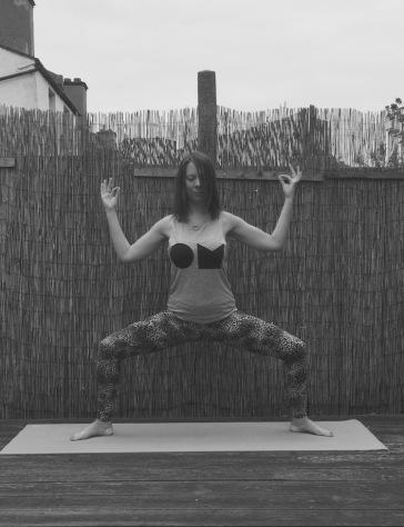 Goddess pose V1